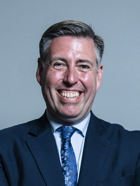 1200px-official_portrait_of_mr_graham_brady_crop_2